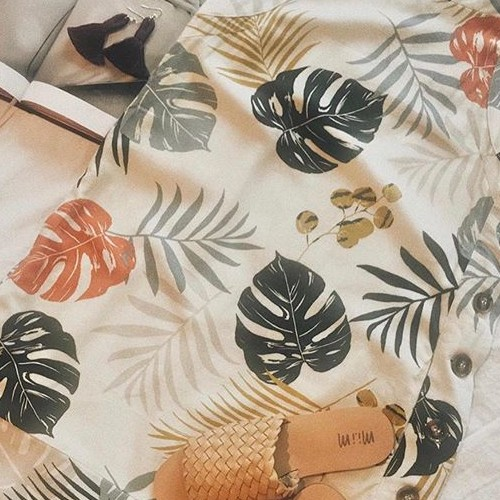 Summer vibes with @shop_ferne ☀️ . . . . #fatebylfd #detail #keepitsimple #classy #newweek #fashioninspo #lookoftheday #ootd #wiw #fashionblog #simple #instafashion #essentials #fashionblog #fashionlife #fashionista #fashionblogger #animalprint #outfitoftheday #styled #distress #styledshoot #easytowear #lovethislook #chic #styleoftheday #streetstyle #streetwearfashion #clothingbrand #clothingline #trendy-
