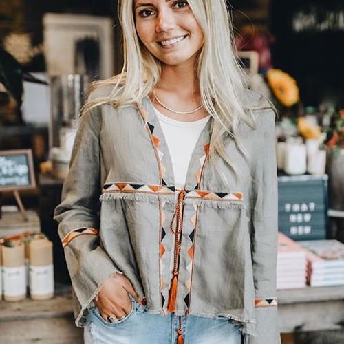 Kimono ❤️ and no it's not shapewear 😂 . . . . . #fatebylfd #kimono #keepitsimple #classy #fashion #fashioninspo #lookoftheday #ootd #wiw #fashionblog #lace #instafashion #essentials #fashionblog #fashionlife #fashionista #fashionblogger #basics #outfitoftheday #styled #styled #styledshoot #easytowear #lovethislook #chic #styleoftheday #streetstyle #streetwearfashion #clothingbrand #clothingline #trendy-